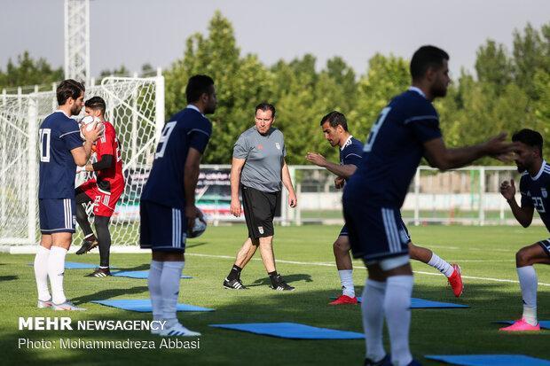 زمان اردوی تیم ملی برای بازی با هنگ کنگ معین شد