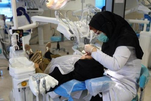 واحد دندانپزشکی اداره بهداشت و درمان دانشگاه شهید چمران اهواز آماده ارائه خدمات به دانشجویان است