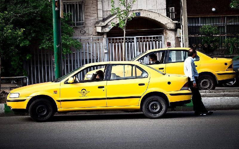درآمد رانندگان تاکسی در امارات 17 برابر ایران است