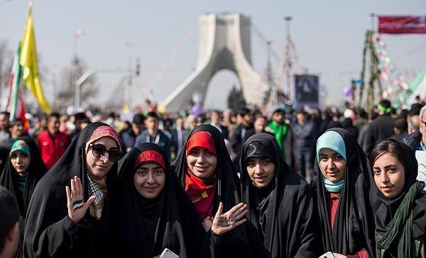 چه کردند و چه نکردیم، مسئله زن، مسئله امروز ایران نیست